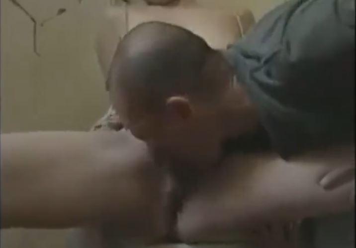 クンニ動画